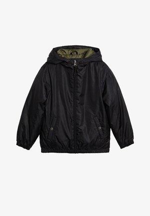GEWATTEERD JASJE MET CAPUCHON - Winter jacket - zwart