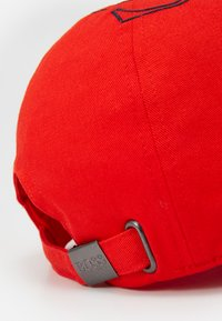 BOSS Kidswear - UNISEX - Cap - bright red - 4