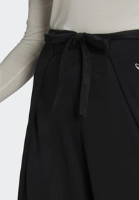 adidas Originals - Pantalones - black - 3