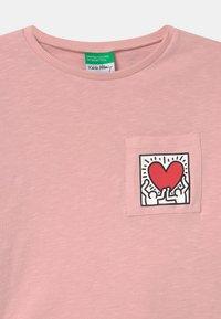 Benetton - KEITH KISS GIRL - Top sdlouhým rukávem - light pink - 2