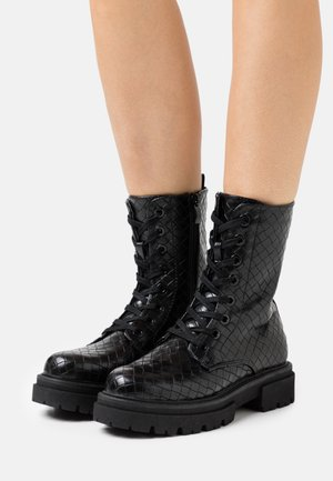 MYKEL - Snørestøvletter - black
