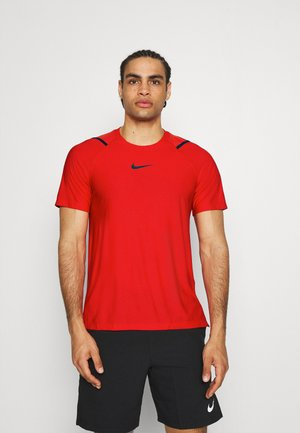 T-shirt z nadrukiem - university red/black