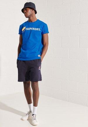 SUPERDRY SPORTSTYLE APPLIQUE  - T-shirt med print - royal