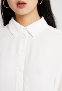 Weekday - HALL - Button-down blouse - white - 5