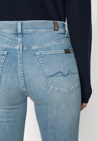 7 for all mankind - THE SOPHISTICATED  - Straight leg jeans - hellblau - 4