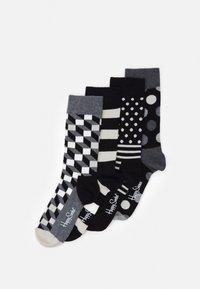 Happy Socks - CLASSIC GIFT SET 4 PACK - Socks - black/white - 0