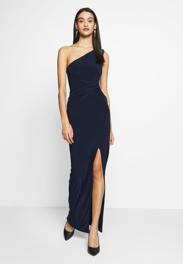 ONE SHOULDER RUCHED WAIST MAXI DRESS - Iltapuku - navy