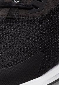 Nike Performance - AIR MAX BELLA TR 3 - Treningssko - black/dark smoke grey/white - 6