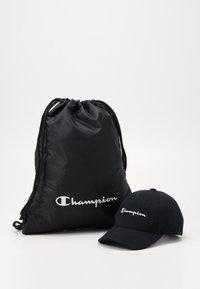 Champion - GIFTSET GYMBAG + CAP SET - Urheilulaukku - black - 0