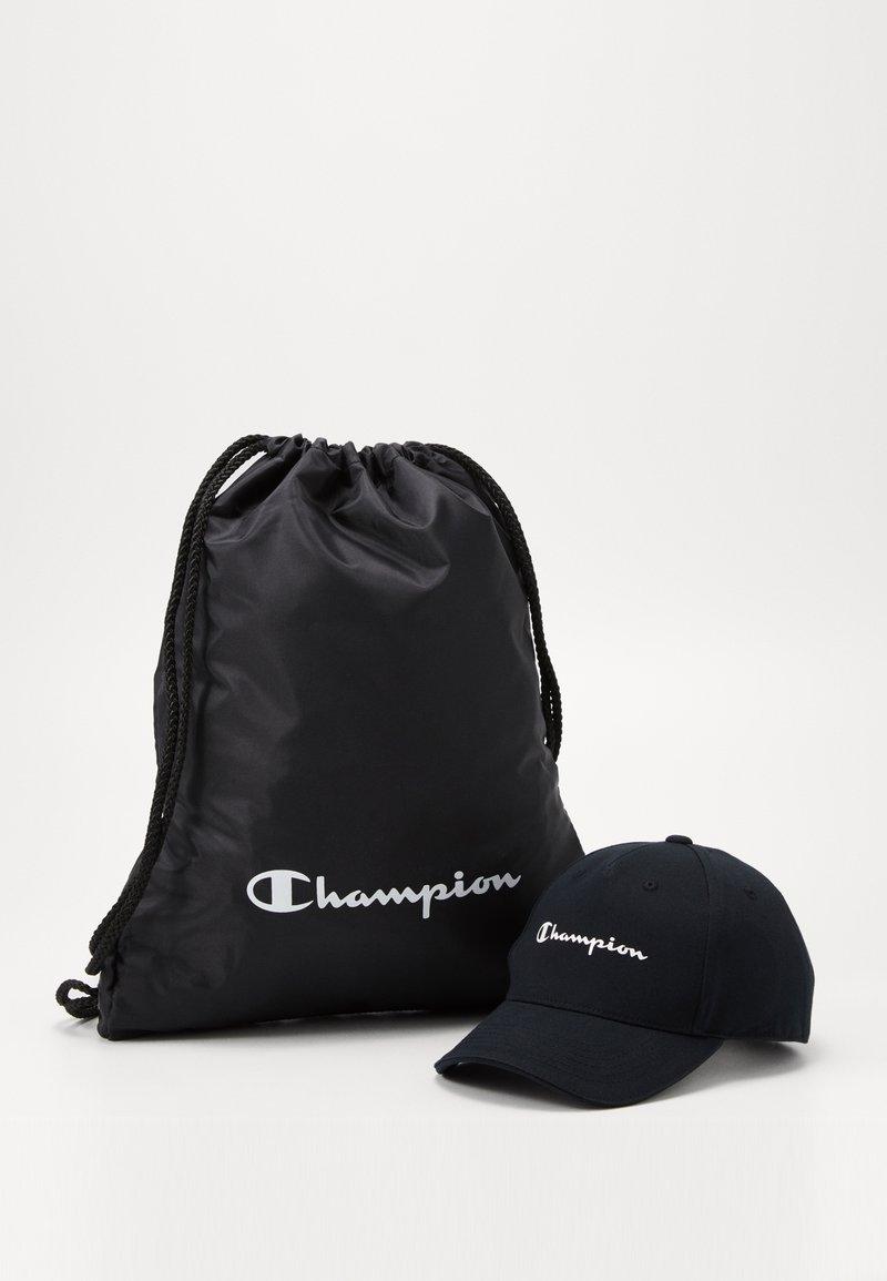 Champion - GIFTSET GYMBAG + CAP SET - Urheilulaukku - black