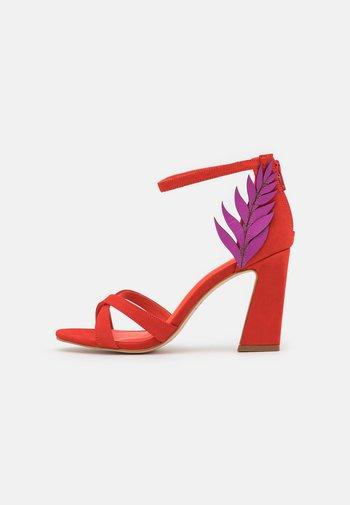 ZOE - Sandals - orange/fuchsia
