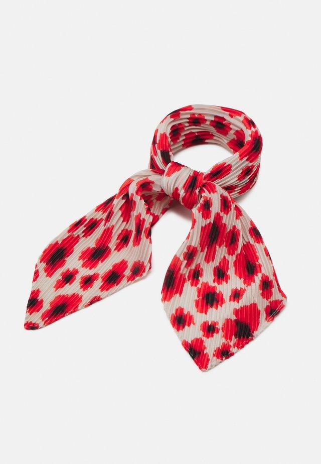 POPPY PLEA SCARF - Foulard - fiery red