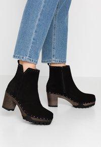 Softclox - OLESSIA - Platform ankle boots - schwarz - 0