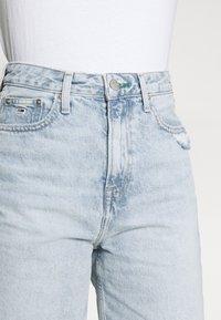 Tommy Jeans - HARPER DENIM BERMUDA - Shorts di jeans - light blue denim - 3