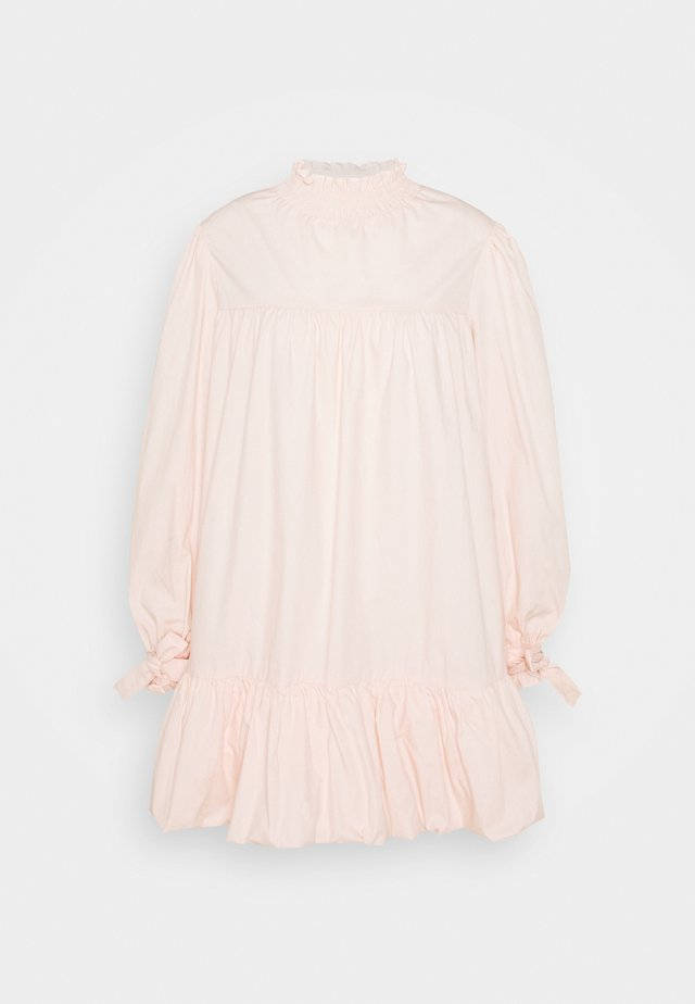 TIE LONG SLEEVE PUFF HEM SHIRT MINI DRESS WITH HIGH NECK - Korte jurk - blush