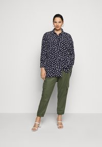 Evans - WITH HEART - Button-down blouse - navy - 1