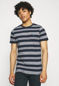 Jack & Jones - JCOFLAME TEE CREW NECK - Print T-shirt - navy blazer - 0