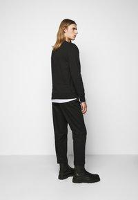 PS Paul Smith - MENS REGULAR FIT SKULL - Sweater - black/multi-coloured - 2