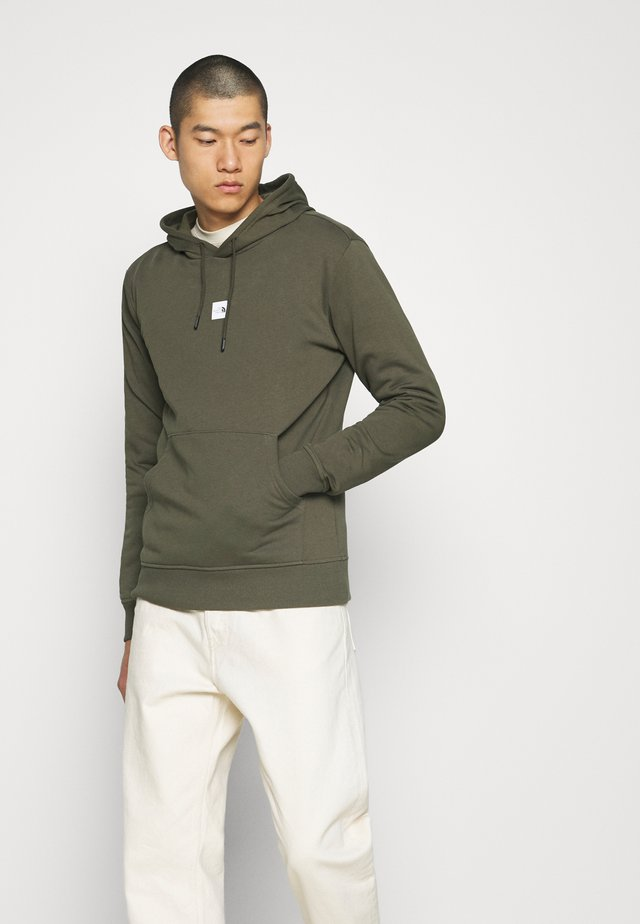 GRAPHIC HOOD - Sweat à capuche - new taupe green