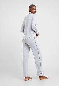 Esprit - KAIH SOLID SET - Pyjamas - medium grey - 2