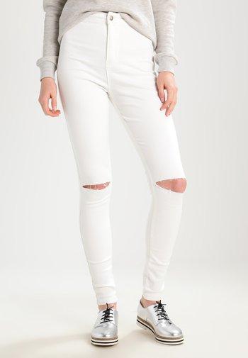 VICE HIGHWAISTED SLASH KNEE SKINNY - Jeans Skinny Fit - white