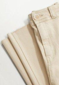 Mango - Jeans bootcut - écru - 2