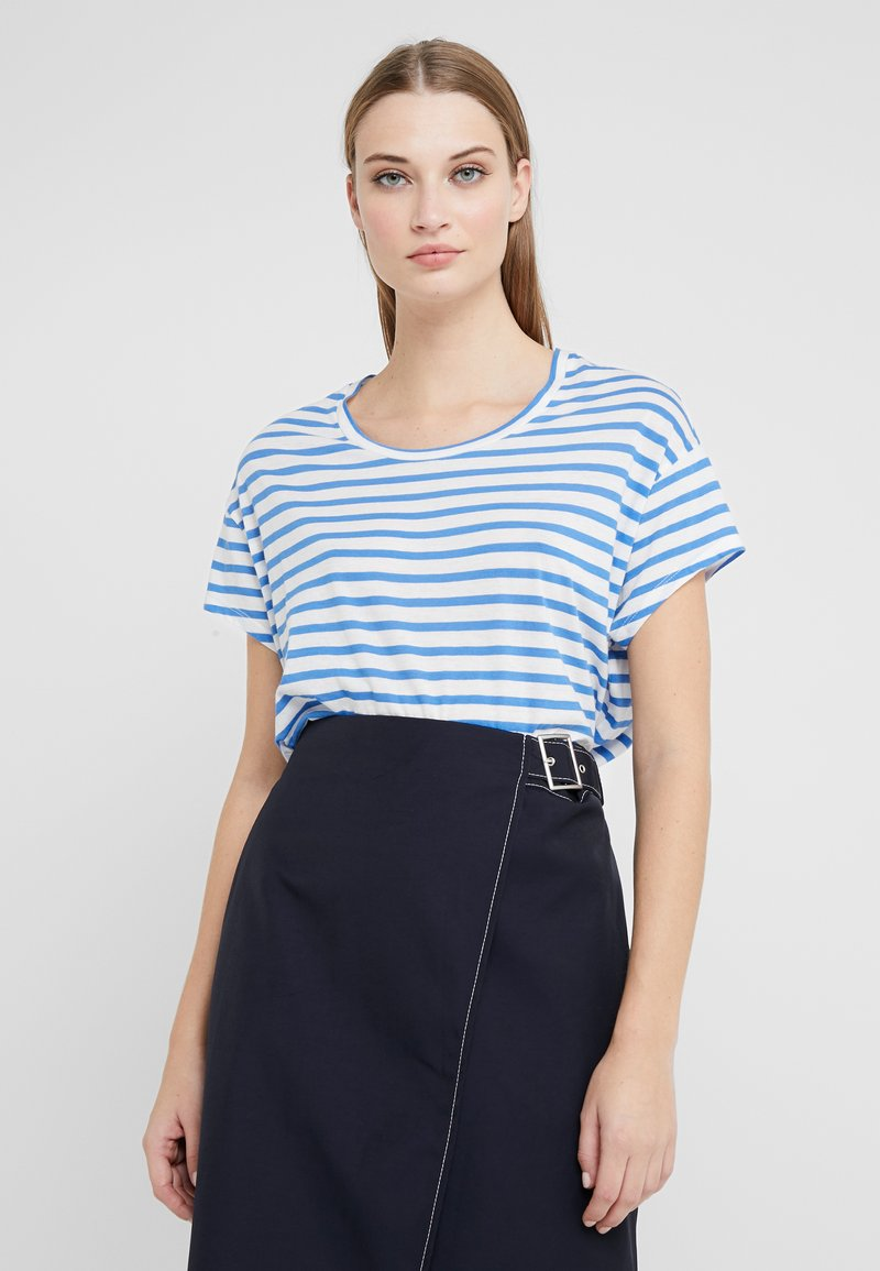 CLOSED - T-shirts print - bluebird