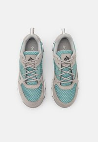 Columbia - IVO TRAIL BREEZE - Hiking shoes - dusty green/dove - 3