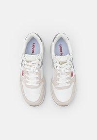 Levi's® - OATS - Sneakers basse - regular white - 3