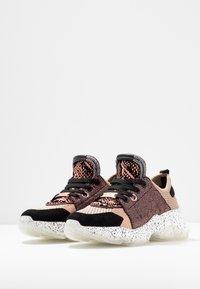 Steve Madden - MESCAL - Sneakers - rose/multicolor - 4