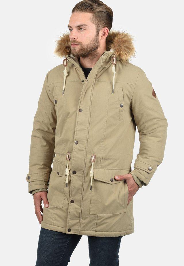 SOLID DRY - Winter coat - dune