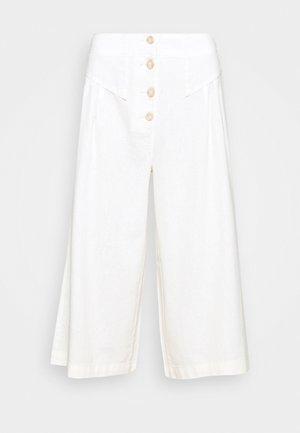 CULOTTE - Trousers - cream