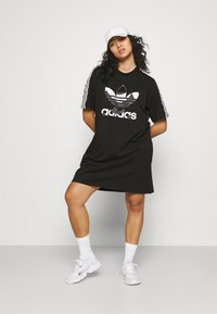 adidas Originals - TEE DRESS - Vestido ligero - black - 1