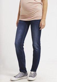 LOVE2WAIT - SOPHIA - Slim fit jeans - stone wash - 0