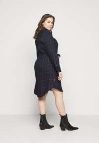 MY TRUE ME TOM TAILOR - BELTED CHECKED DRESS - Shirt dress - navy gipsy/camel - 2