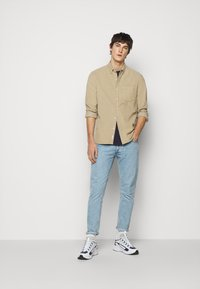 forét - MOSS SHIRT - Shirt - beige - 1
