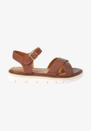 FOREVER COMFORT  - Sandalen met plateauzool - tan