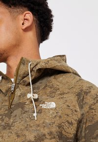 The North Face - PRINTED CLASS FANORAK - Outdoorová bunda - olive - 4