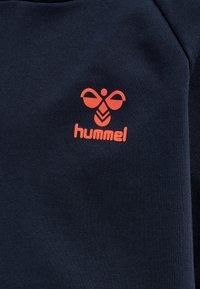 Hummel - Hoodie - dark sapphire/fiesta - 3
