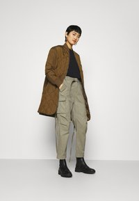 Replay - PANTS - Cargo trousers - moss green - 1