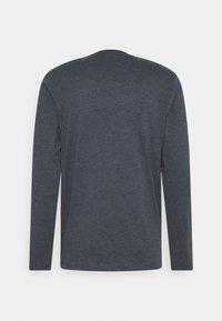 Jack & Jones - JJDENIMTEE CREW NECK - Long sleeved top - navy blazer - 1