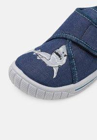 Superfit - BILL - Slippers - blau - 5