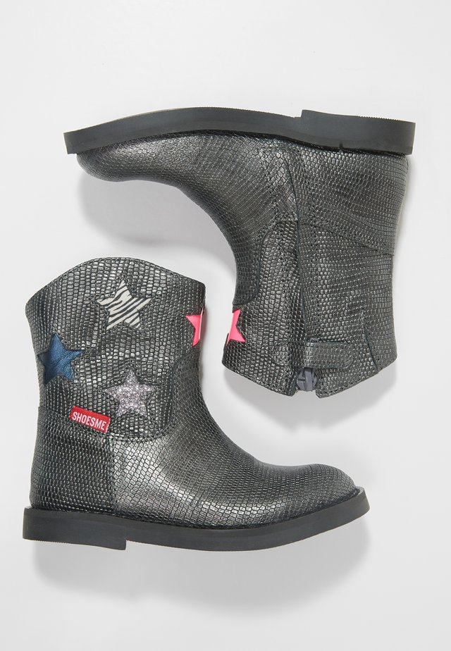 SILHOUET - Classic ankle boots - silver