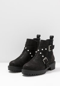Bullboxer - Cowboy/biker ankle boot - black - 4