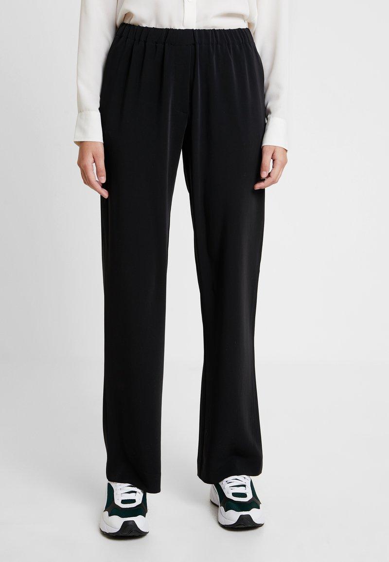 Samsøe Samsøe - HOYS PANTS - Trousers - black