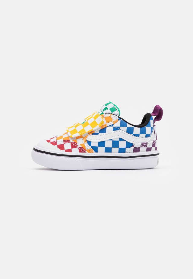 COMFYCUSH NEW SKOOL  - Baskets basses - multicolor/true white