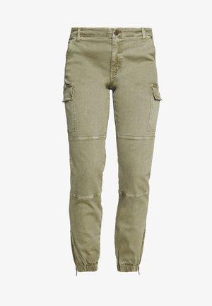 DYED CARGO - Cargo trousers - safari green