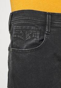 Replay - ANBASS HYPERFLEX REUSED - Slim fit jeans - dark grey - 3