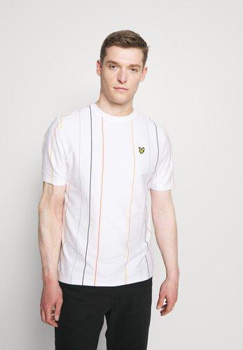 VERTICAL STRIPE - T-shirt med print - white