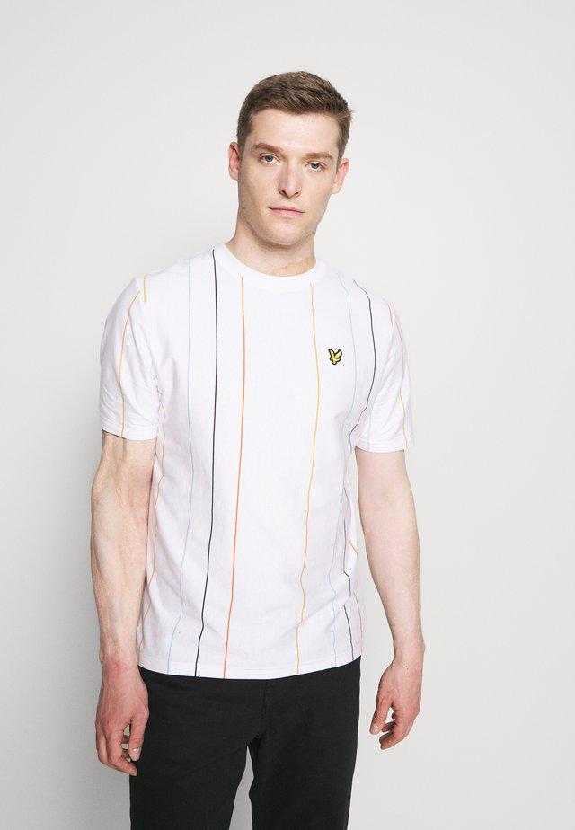 VERTICAL STRIPE - T-shirt imprimé - white